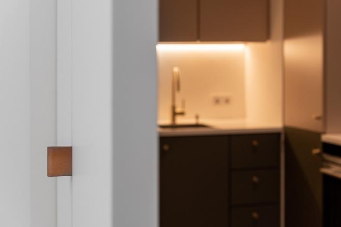 JAHN25_Detail_flexibleRaumtrennung_Küche